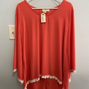 Women's Umgee NWT boutique top
